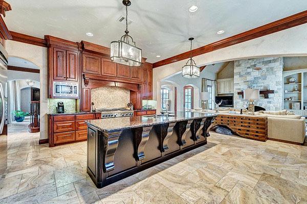 آشپزخانه منزل سلنا گومز